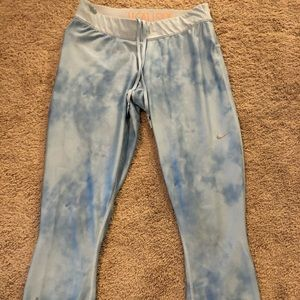 Light blue cloud Nike dry fit leggings